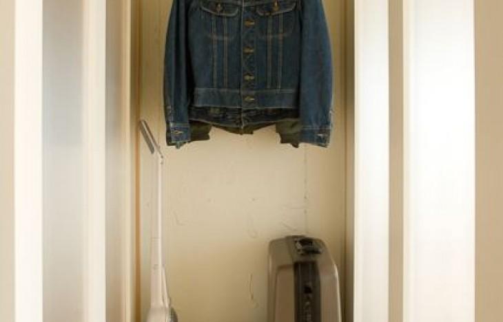 洗濯物を畳むのがつらい!オールハンガー収納法でズボラ時短術