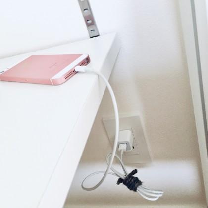 クローゼットや収納棚にコンセントがあると便利!お部屋がスッキリ見えるテクニック